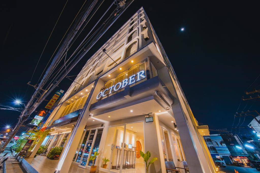 هتل هتل اُکتبر , هتل 3ستاره, هتل پوکت,  تایلند
