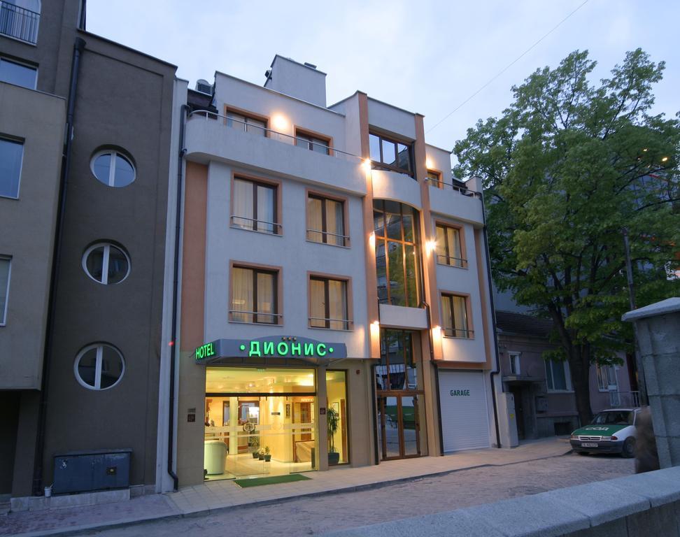 هتل دینیز , هتل 3ستاره, هتل وارنا,  بلغارستان