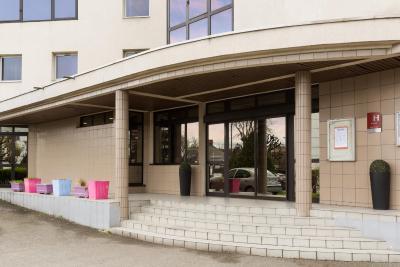 هتل هتل د اوریجینالز پاریس است روسنی