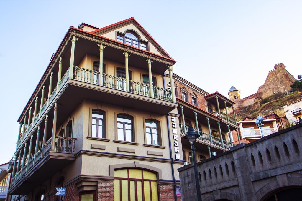 هتل اُلد میدان