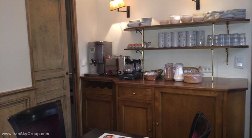 هتل  مرنا , هتل 3ستاره, هتل پاریس,  فرانسه