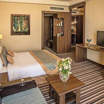 هتل هتل پارسیان انقلاب تهران , هتل 4ستاره, هتل تهران,  ایران