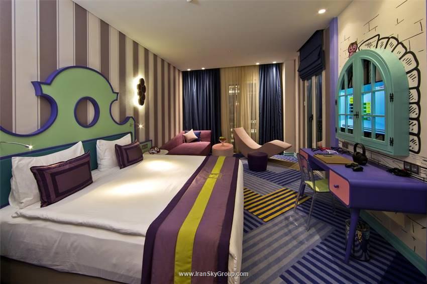 هتل دی لندآف لجند کینگدوم هتل