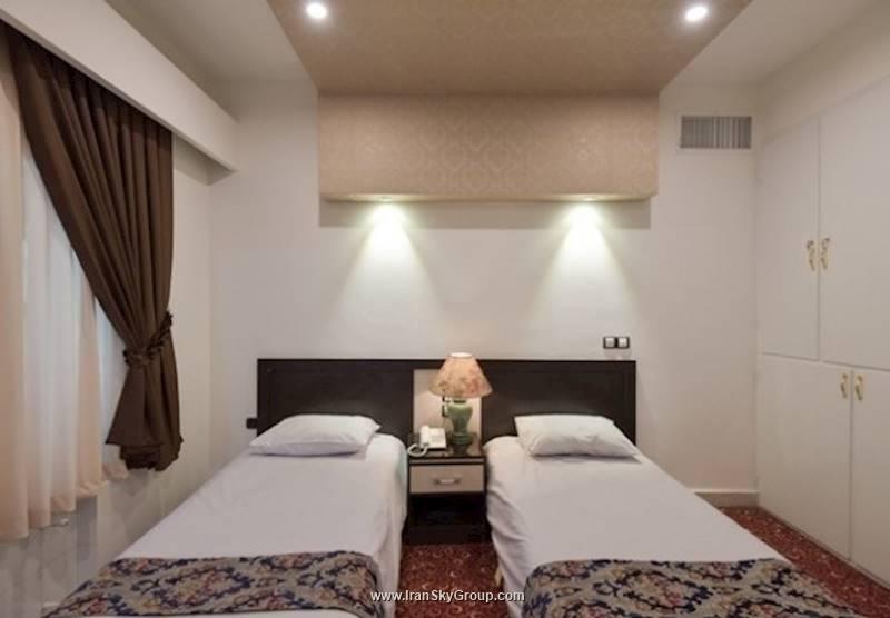 هتل هتل مروارید , 3 ستاره, هتل تهران,  ایران