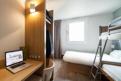 بی اند بی هتل پاریس پرت د لا ویلت