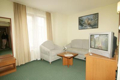 هتل دینیز