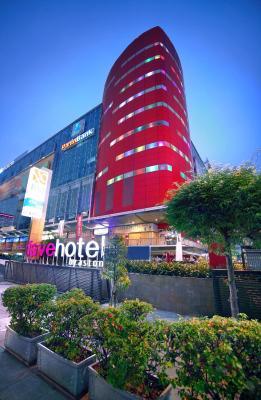 هتل فیوهتل التیسی گلدک جاکارتا