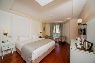 هتل ادا کاراکی هتل-اسپشیال کتگوری