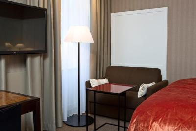 هتل د هارمنی وینا بو پرمیر کالکشن