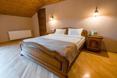 هتل ایمپریال هوس , هتل 3ستاره, هتل تفلیس,  گرجستان